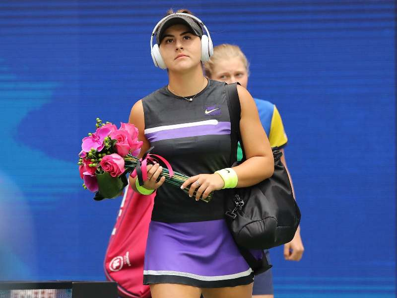 Bianca Andreescu listening to music