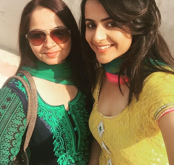 Prachi Tehlan with her mother