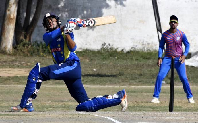 Priyam Garg playing for Uttar Pradesh