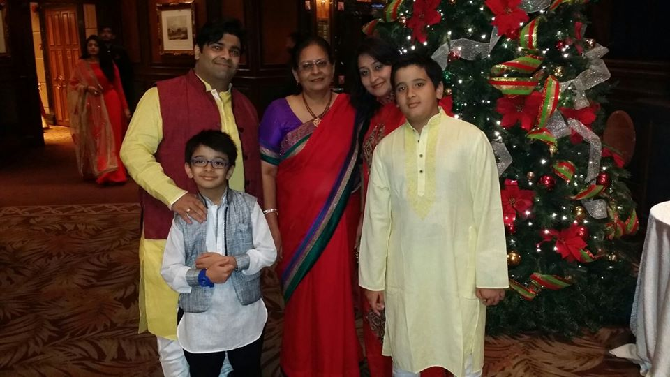Priyanka Sharda With Her Family Members