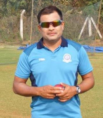 CD Thomson, Harishankar's coach and mentor