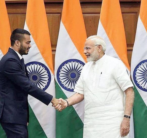 Vikas Krishan Yadav with PM Narendra Modi