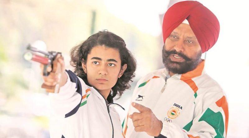 Yashaswini Deswal with her coach