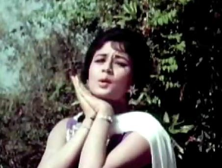 Nanda in Kabhi Tere Daaman Na Chodenge Hum